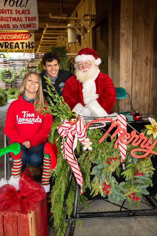 T.J. Leonard_s Christmas Shop 2020 #19