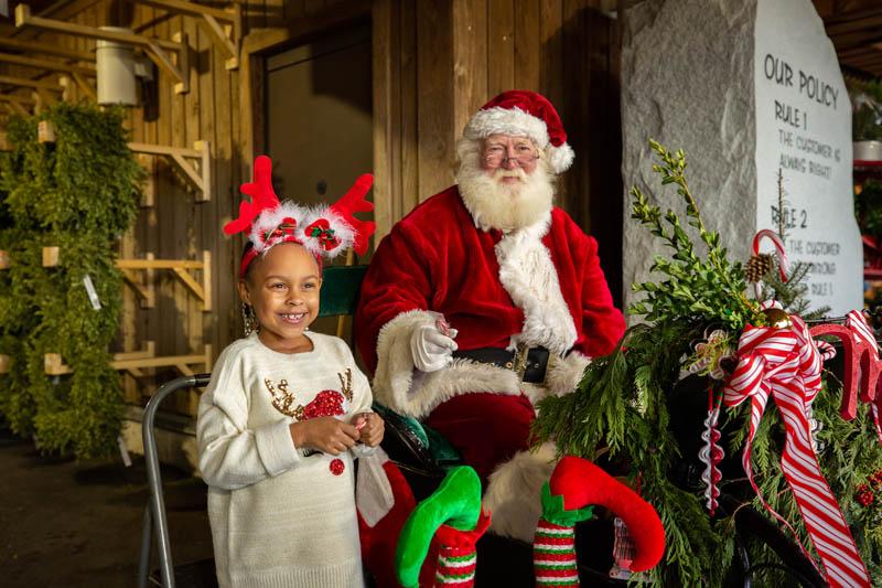 T.J. Leonard_s Christmas Shop 2020 #29